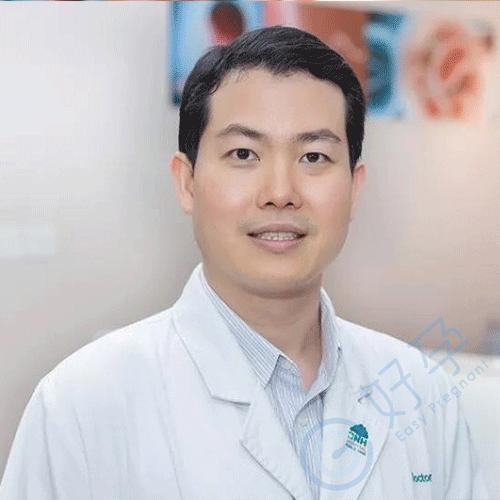 PIPHAT JONGKOLSIRI M.D. 唐医生