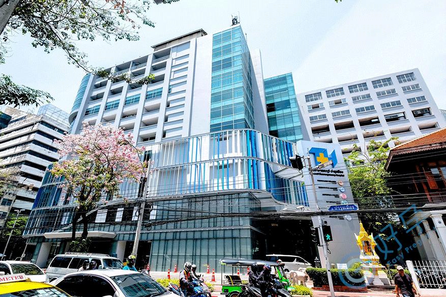 泰国吞武里挽伦曼医院