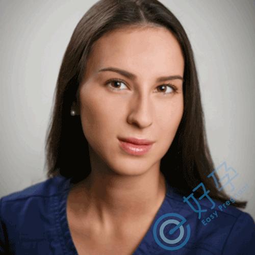 凯瑟琳· 彼得罗娃( Catherine Petrova