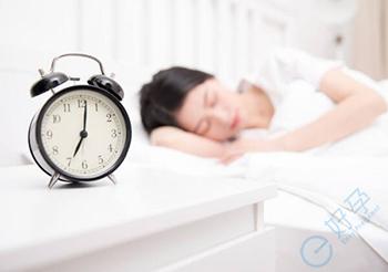 经常熬夜会降低生育能力吗?-去泰国试管提高好孕率